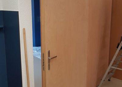 Diese Schrankrückwand ist auch ein Raumabschluss.