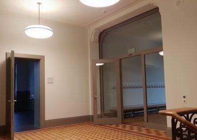 Auflage der Behörden: neue Brandschutztüren.