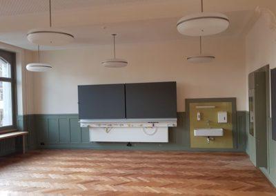 Im Erdgeschoss kam in den Klassenzimmern ein alter Holzboden hervor.