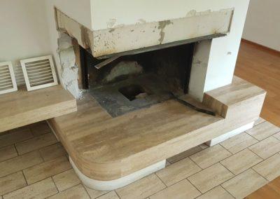 Kamin: Asbesthaltige Dichtungsschnur udn Brandschutzplatte entfernen.